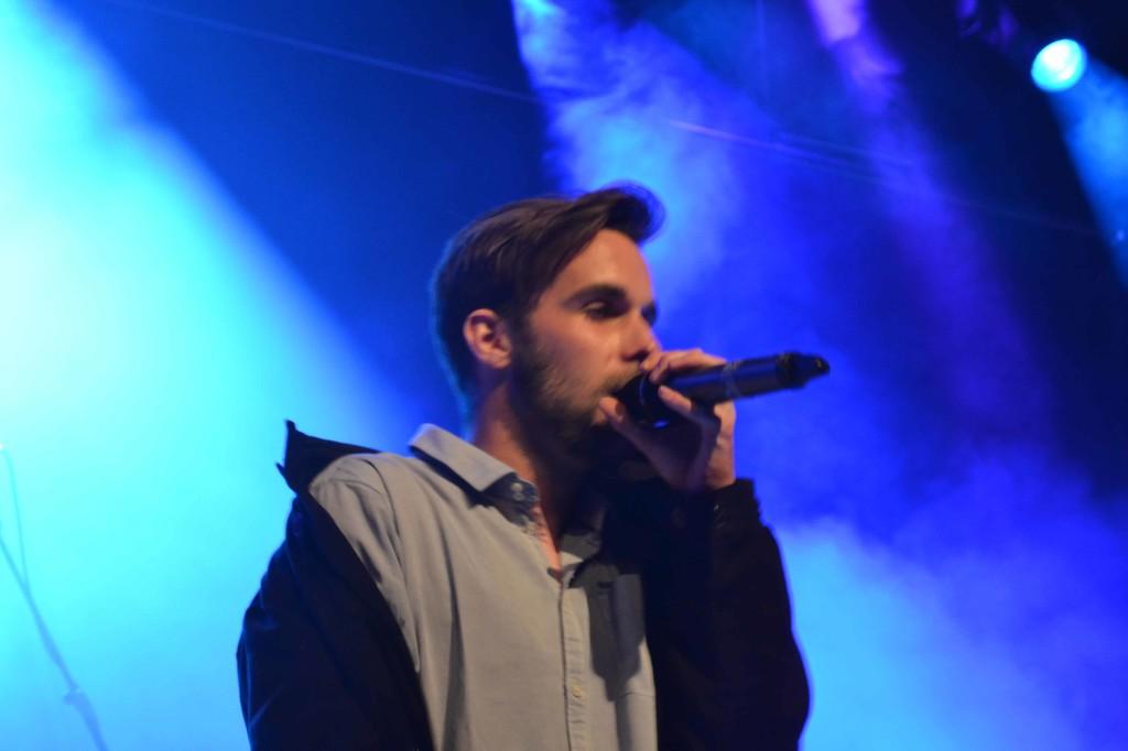 Jonas von OK KID live beim Konzert; Quelle: Markus Joachim