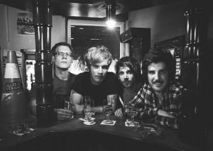 Eine Platte aus Freundschaft: Leitkegel & I Like Ambulance