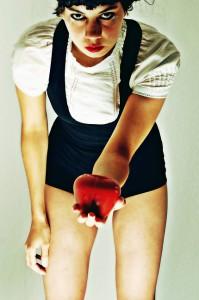 """Bewusst verwirrend: Monsterheart mit Debütalbum """"W"""""""