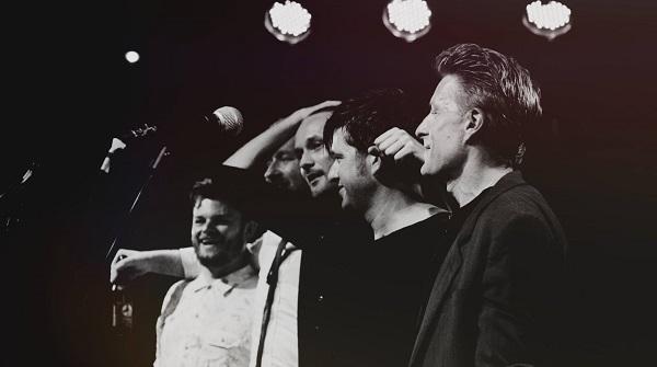 Select Captain mit Band; Credit: Guillaume Blanjean