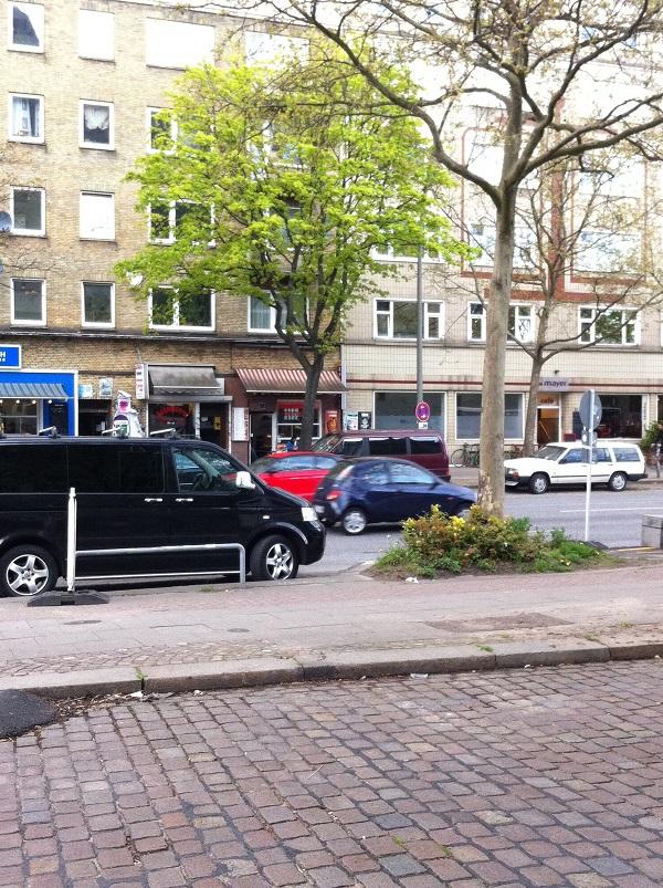 Zweiter Stop in Hamburg. 10 Stunden Busfahrt