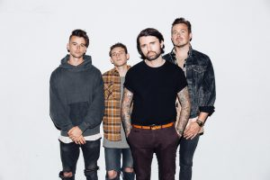 Lower Than Atlantis mit neuer Platte