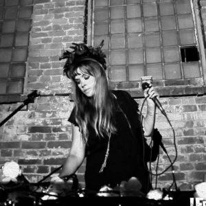 HINDU Pop-Musikerin aus Kiew