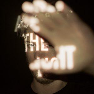 """Luutzen mit dem Album """"Against The Light"""""""