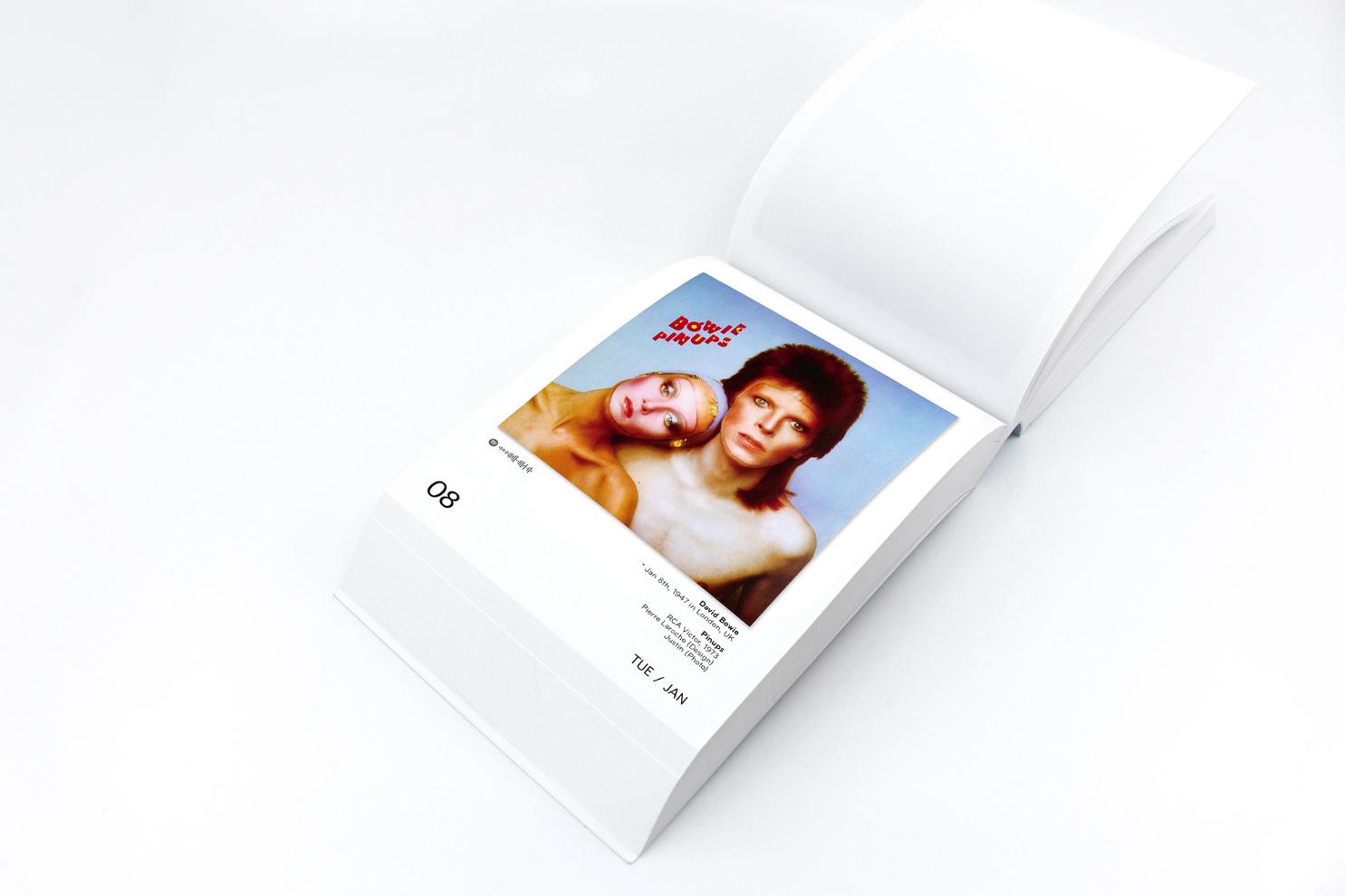"""Mit dabei im """"The Art Of Vinyl Covers"""" Kalender 2019 von Oliver Seltmann: David Bowie"""
