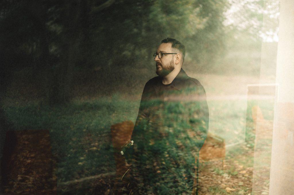 """Lukas Meister """"Leuchten"""" - Sören Pekartschik Timmy Hargesheimer Photography"""