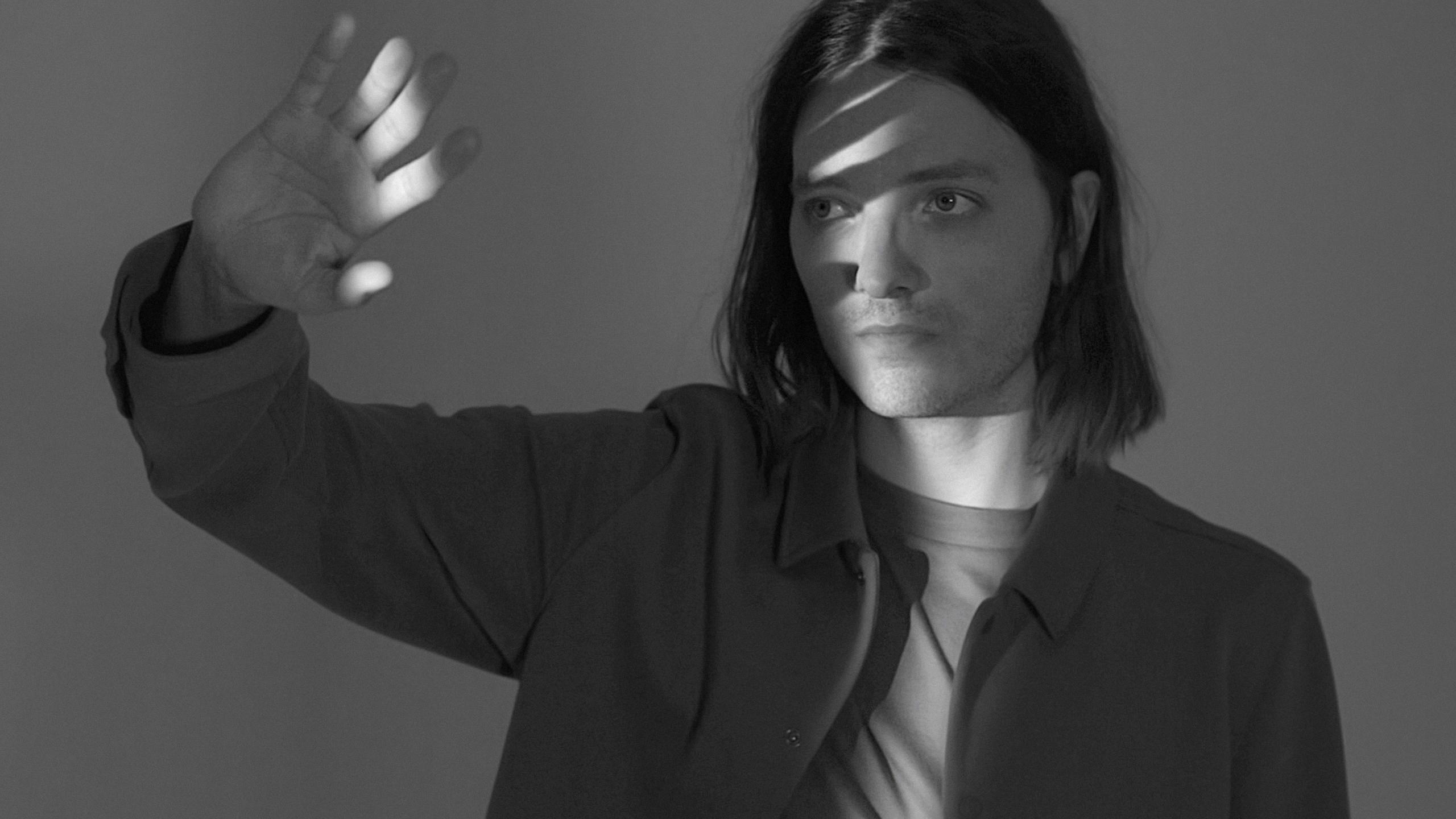 """HAYUNG mit Single """"Rabbit Hole"""": Nachdenklicher Alternative-Pop aus Berlin"""