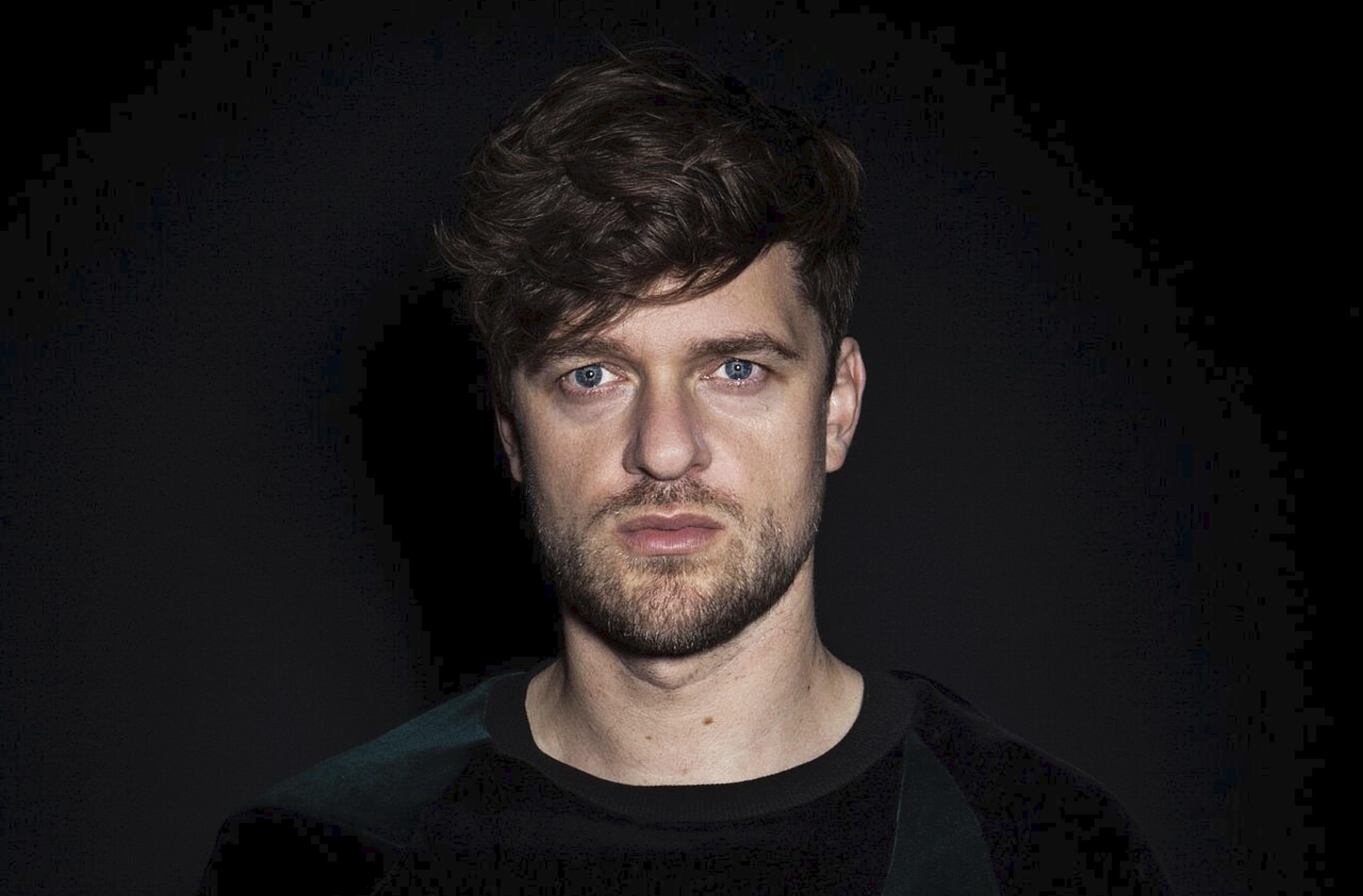 Singer-Songwriter Lasse Matthiessen aus Kopenhagen auf seiner Wohnzimmer-Tournee mit letztem Stopp in Hannover