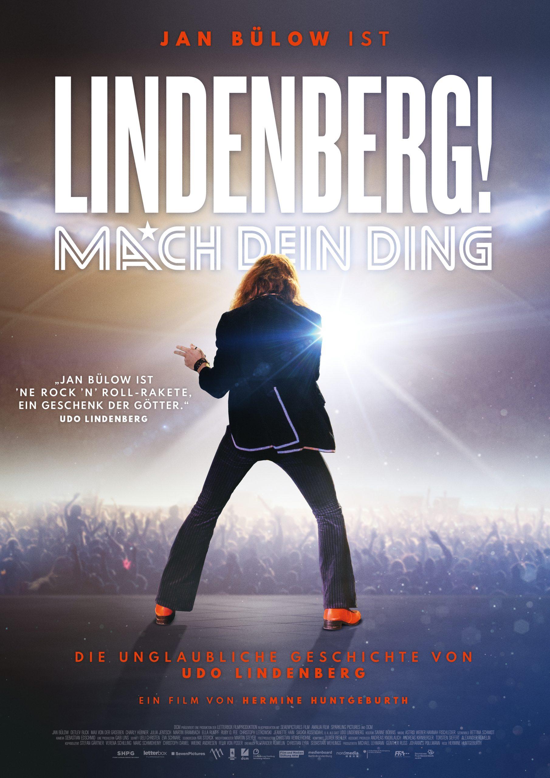 """Ab dem 21.8. gibt es endlich auch """"Lindenberg! Mach Dein Ding"""" auch fürs Wohnzimmer ... rockt das Sofa mit Deutschlands bekanntesten Rocker!"""