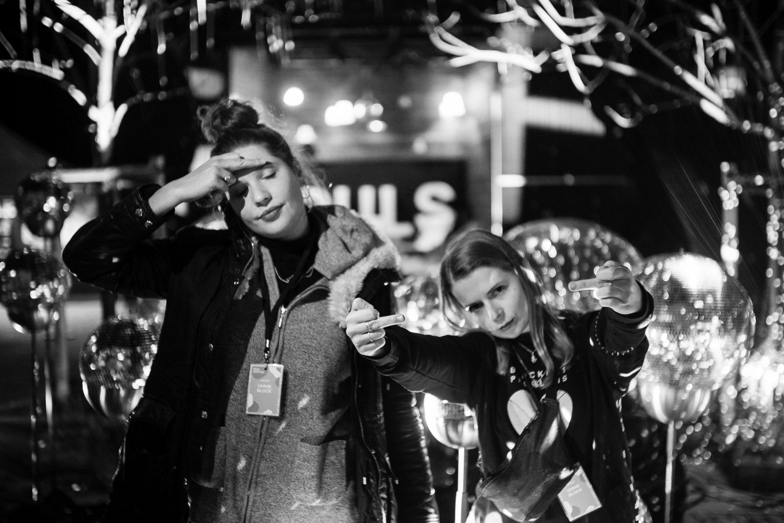 """UMME BLOCK alias Klara Rebers und Leoni Klinger aus München sind die Top Überraschung mit ihrem Debüt-Album """"25 Hours"""" (Foto-Credit Marcel Chylla)"""